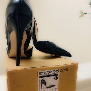 Original Zara black heels. Size 7.5